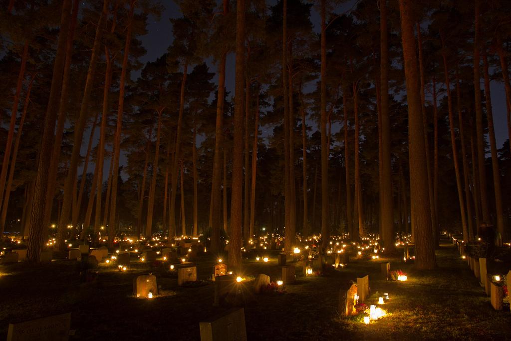 SkogskyrkogŒrden le cimetière de la foret à stockholm en suède