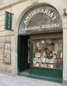 Shopping à Prague : boutique vintage Antikvariat