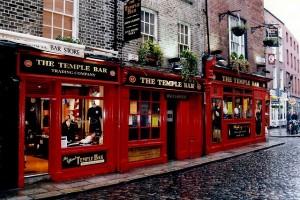 Temple Bar, quartier et pub à Dublin