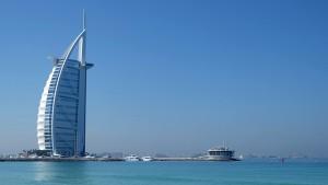 Burj-Al-Arab à gauche